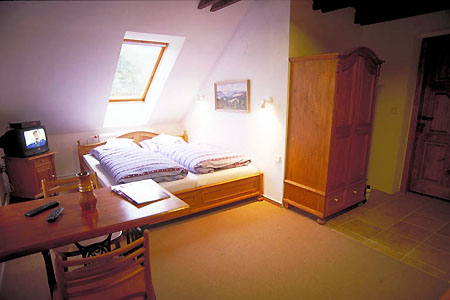 Ubytování na horách - Penzion v Rokytnici nad Jizerou - pokoj